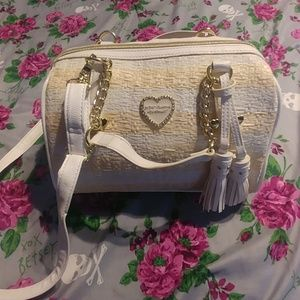 Betsey Johnson Medium Barrel White wicker-like